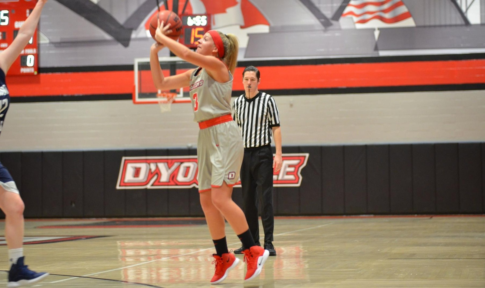 Altoona Defeats D'Youville in Women's Basketball