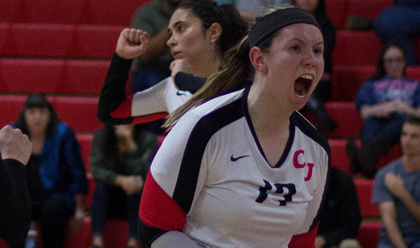 Volleyball Makes Quick Work Of Colonials, 3-0