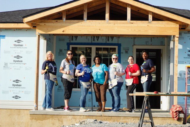 Thompson Builds House For Local Charity