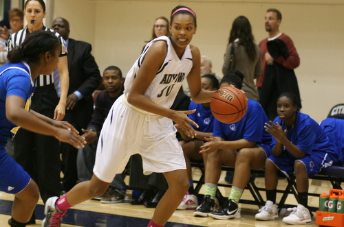 Citrus College freshman Jaelyn Wilson scored 12 points in the Owls' loss to Canyons on Wednesday. Photo By: Jerrika Ramirez