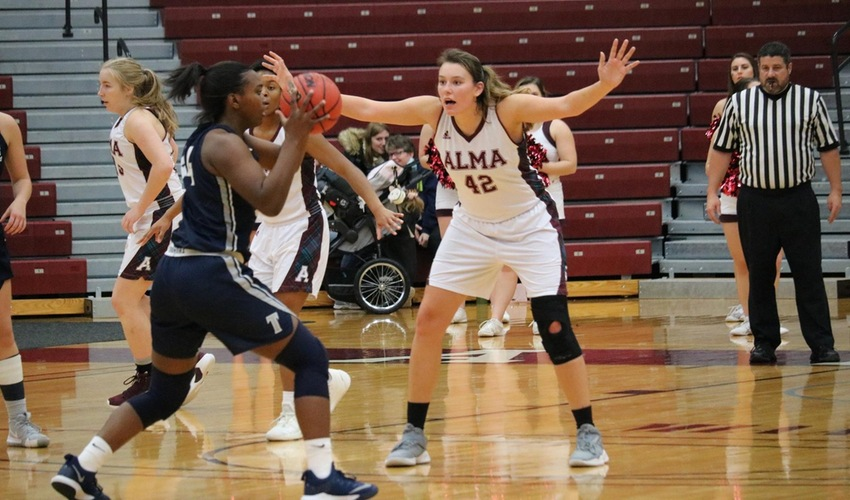 Scots Effort Not Enough Against High Scoring Lakers