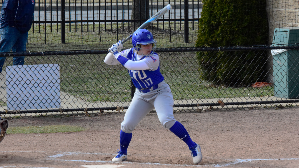 Blue Devils Sweep Racers in WHAC Doubleheader; Host Concordia-AA on Sunday at 11:30 a.m.