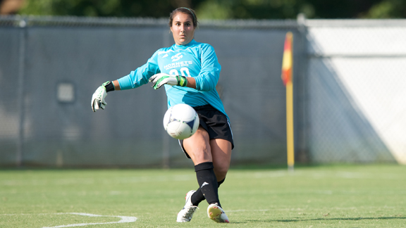 WOMEN'S SOCCER DROPS CAUSEWAY MATCH AT UC DAVIS, 1-0