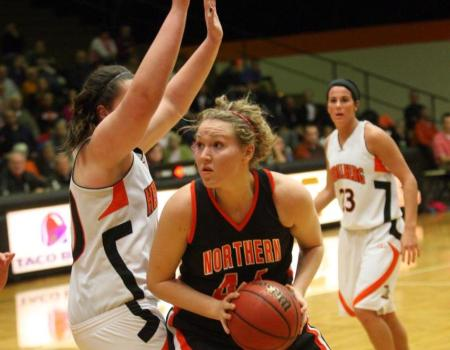 No. 5 Women's Basketball clinches share of OAC Regular Season Title with 70-58 win over Heidelberg