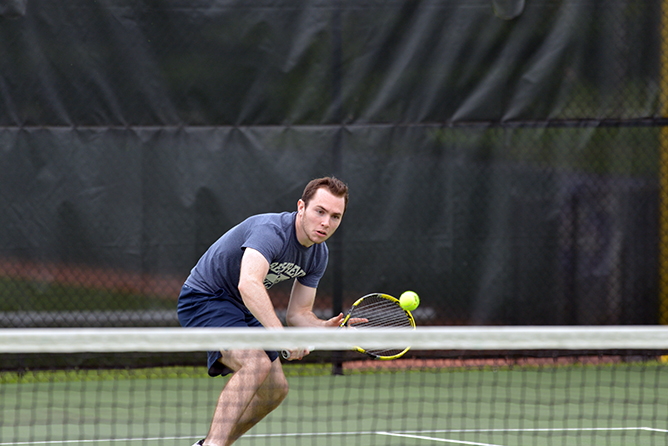Houghton Nips Men's Tennis