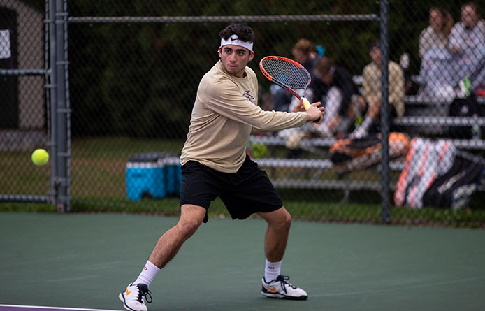Men's Tennis Remains Perfect, Completes Fall Slate with Fourth Straight Win