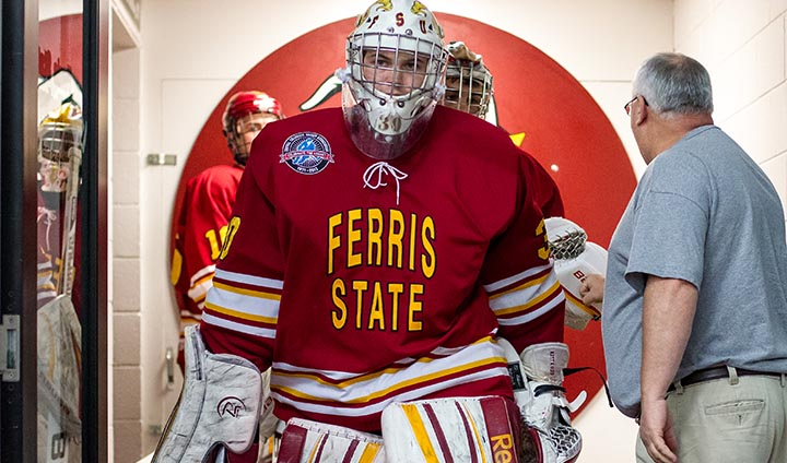 PREVIEW: Ferris State Hockey Hosts St. Lawrence In First Home Series Of 2013-14 Campaign