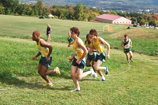 Lyndon men win second consecutive SVC Invitational title