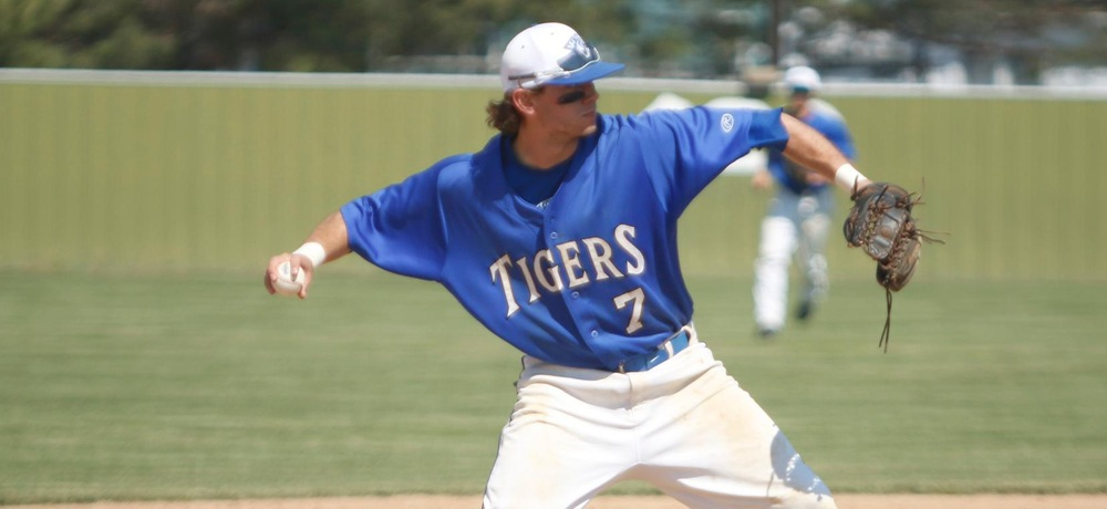 Oropeza tallies four hits, Tigers split with in-state rival