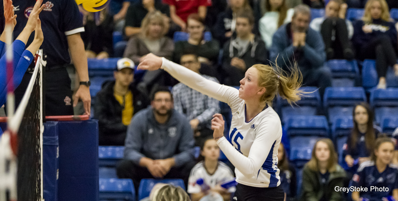 PREVIEW: Women's Volleyball chasing top conference spot as they host Regina
