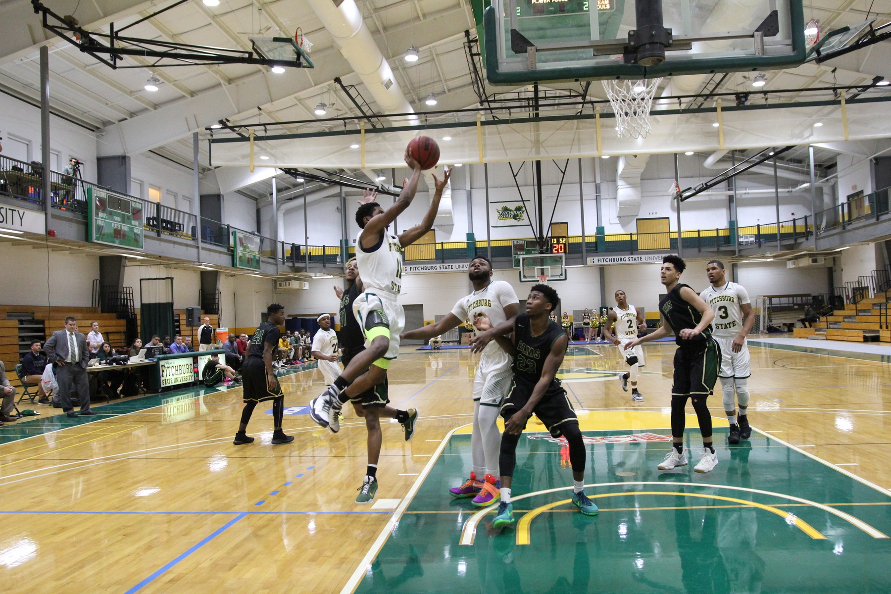 Fitchburg State Grazed by Williams, 68-64