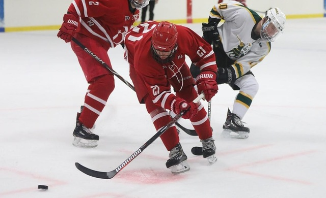 Hockey Comes Back for Tie at St. Scholastica