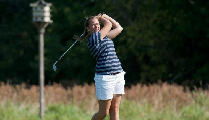 Women's Golf Takes Fourth at Rain-Shortened Wartburg Invite