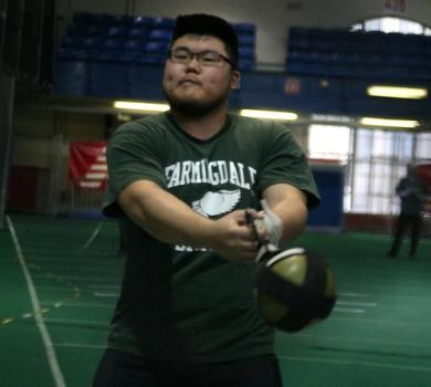 Jang Wins Hammer Throw at NJAC Championships