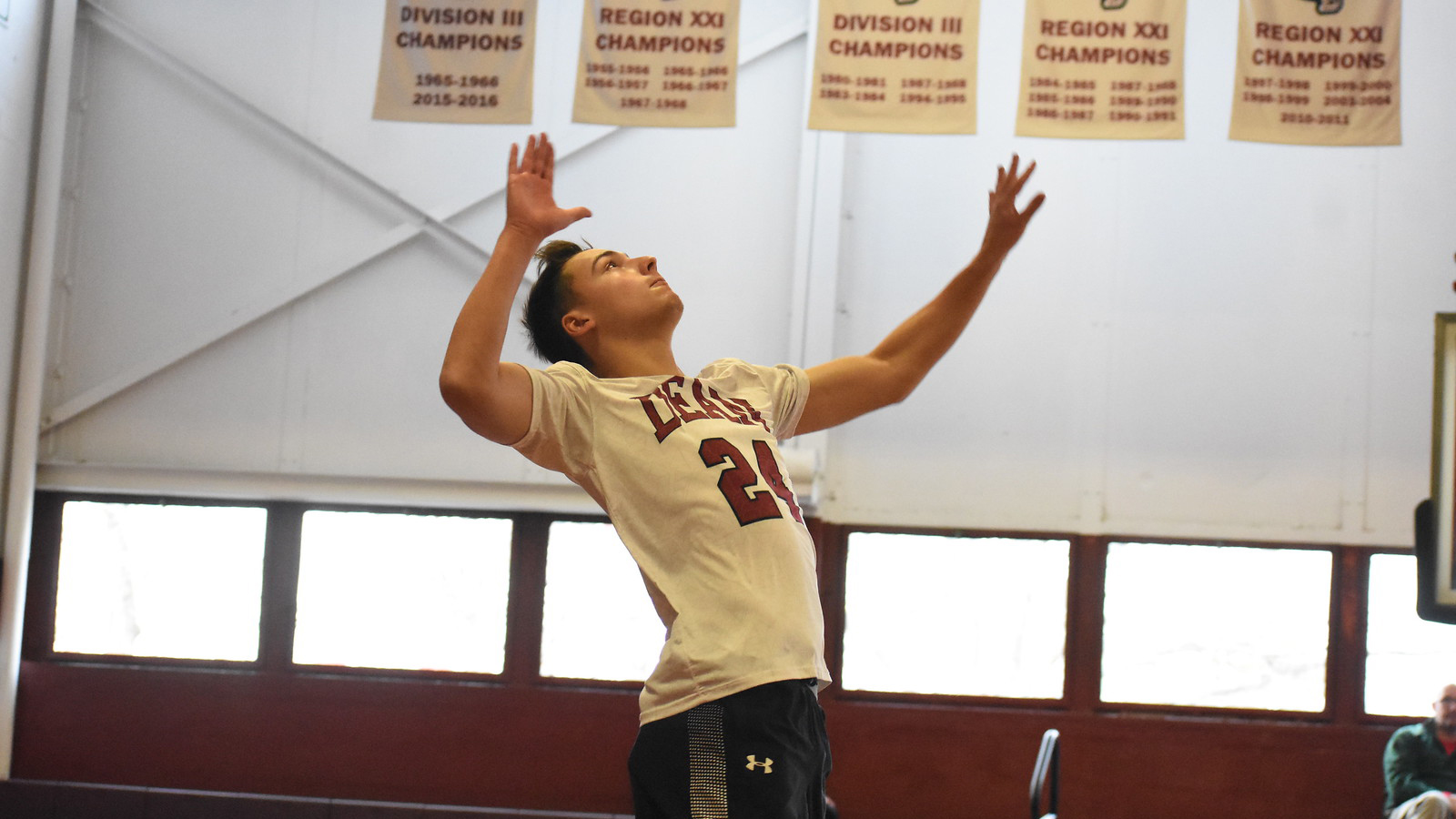 Men's Volleyball Upended By Regis, 3-0