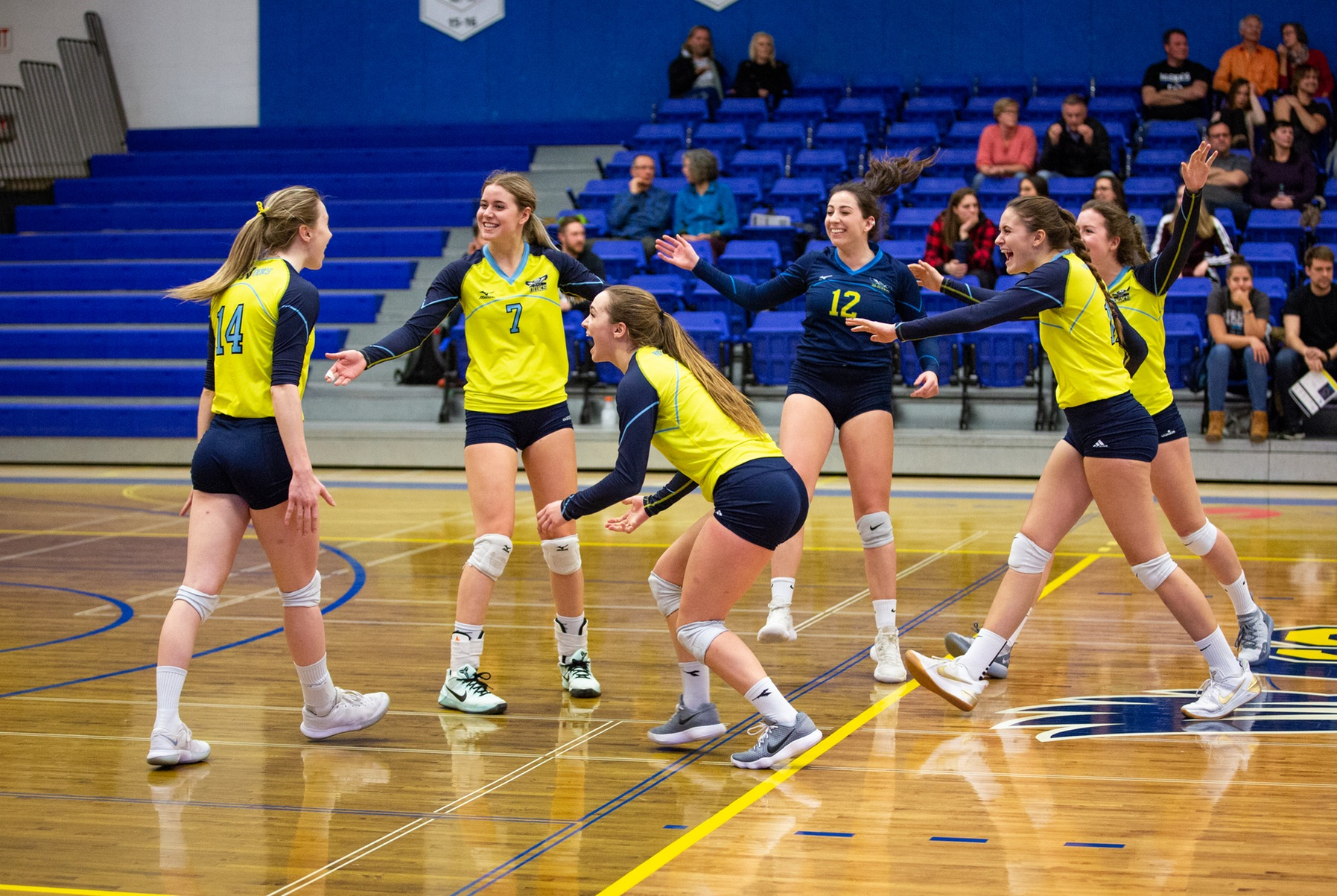 Ooks Defeat Rustlers In Straight Sets