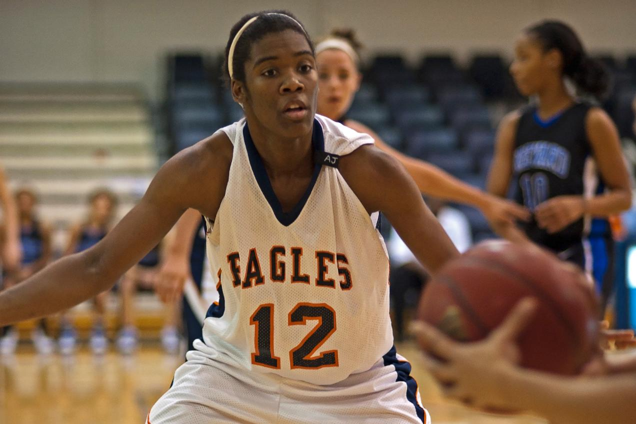 Lady Eagles' rally falls short at Limestone, 59-49