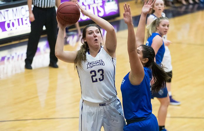 Delaney Guides Women's Basketball to 62-59 Win Behind Career-High 24 Points