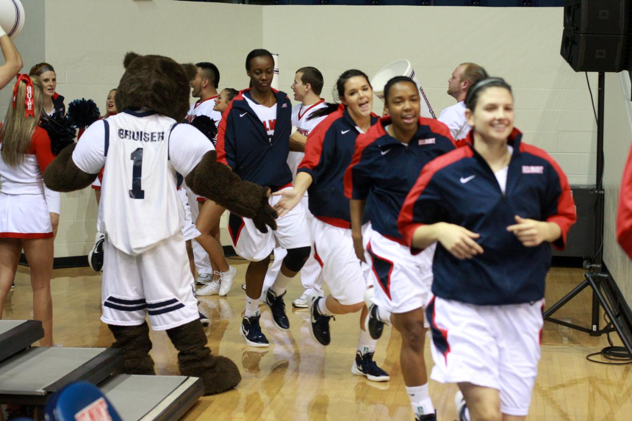 Women's Basketball Heads to Sunshine State for Pair of A-Sun Matchups