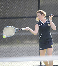 Shannon Cleary was victorious at No. 6 singles at SBU.