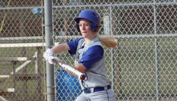 Lady Pioneers Split DH with Jamestown Olean