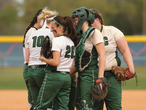 Softball Splits Skyline DH with St. Joe's Brooklyn