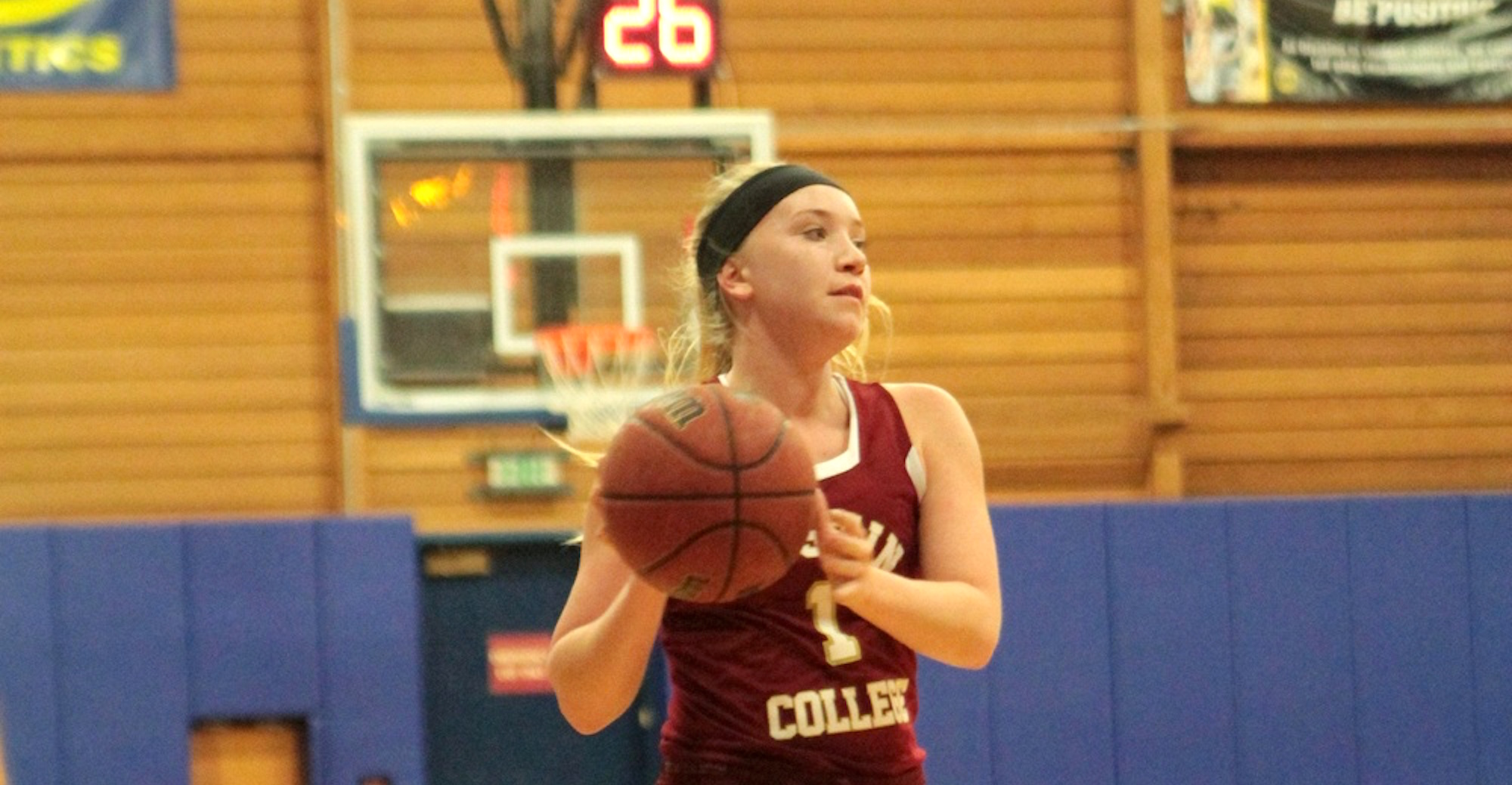 'Roo Women Fall to Schreiner in Overtime