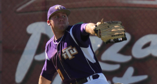 Huge fifth inning leads Golden Eagles to 11-6 win over Redhawks