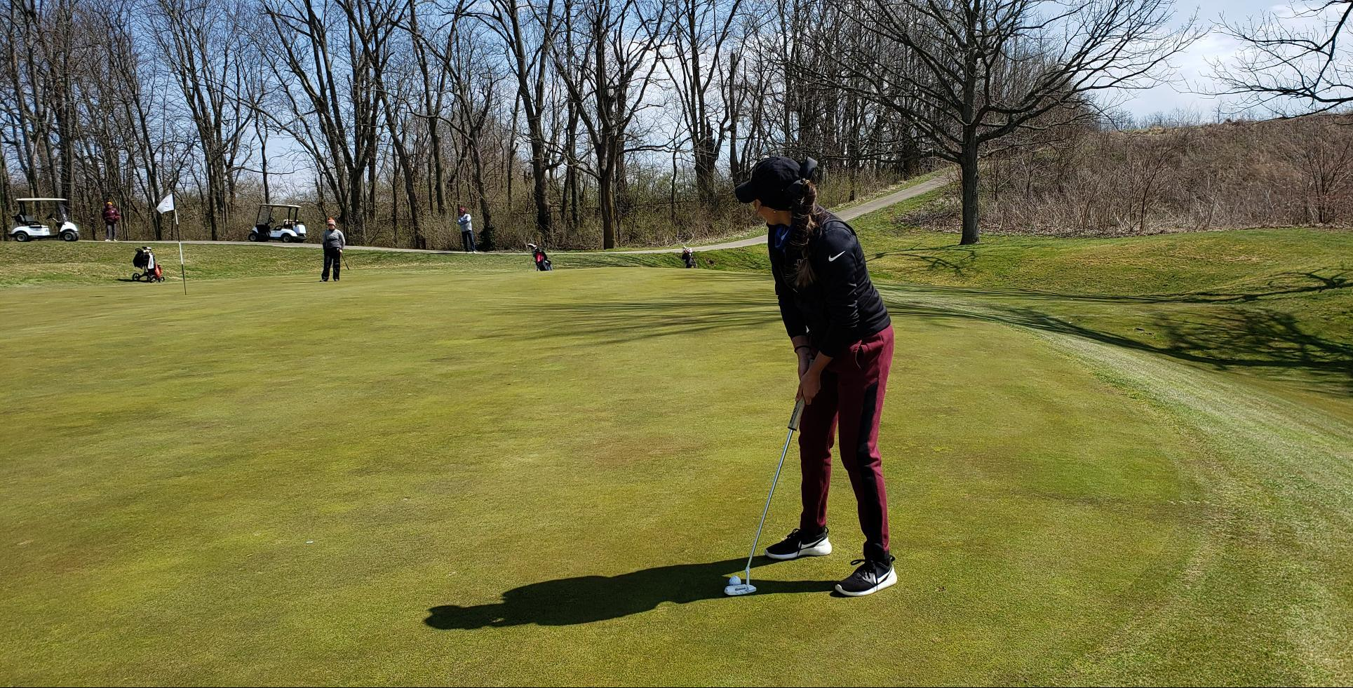 Women's Golf Improves on Day Two