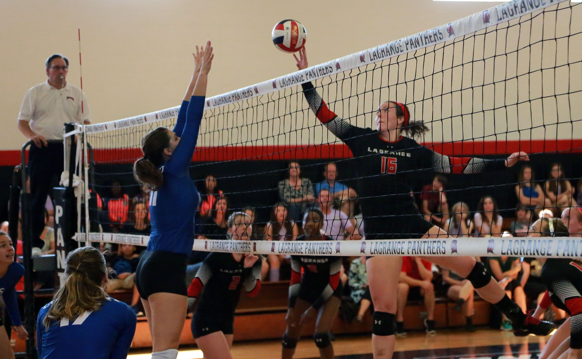 Volleyball: Emily Arnold leads Panthers to historic win over Maryville in USA South match