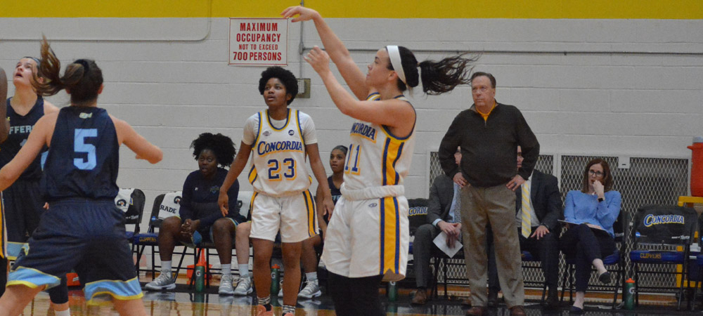 Women's Basketball Upended By No. 9 Jefferson, 74-46