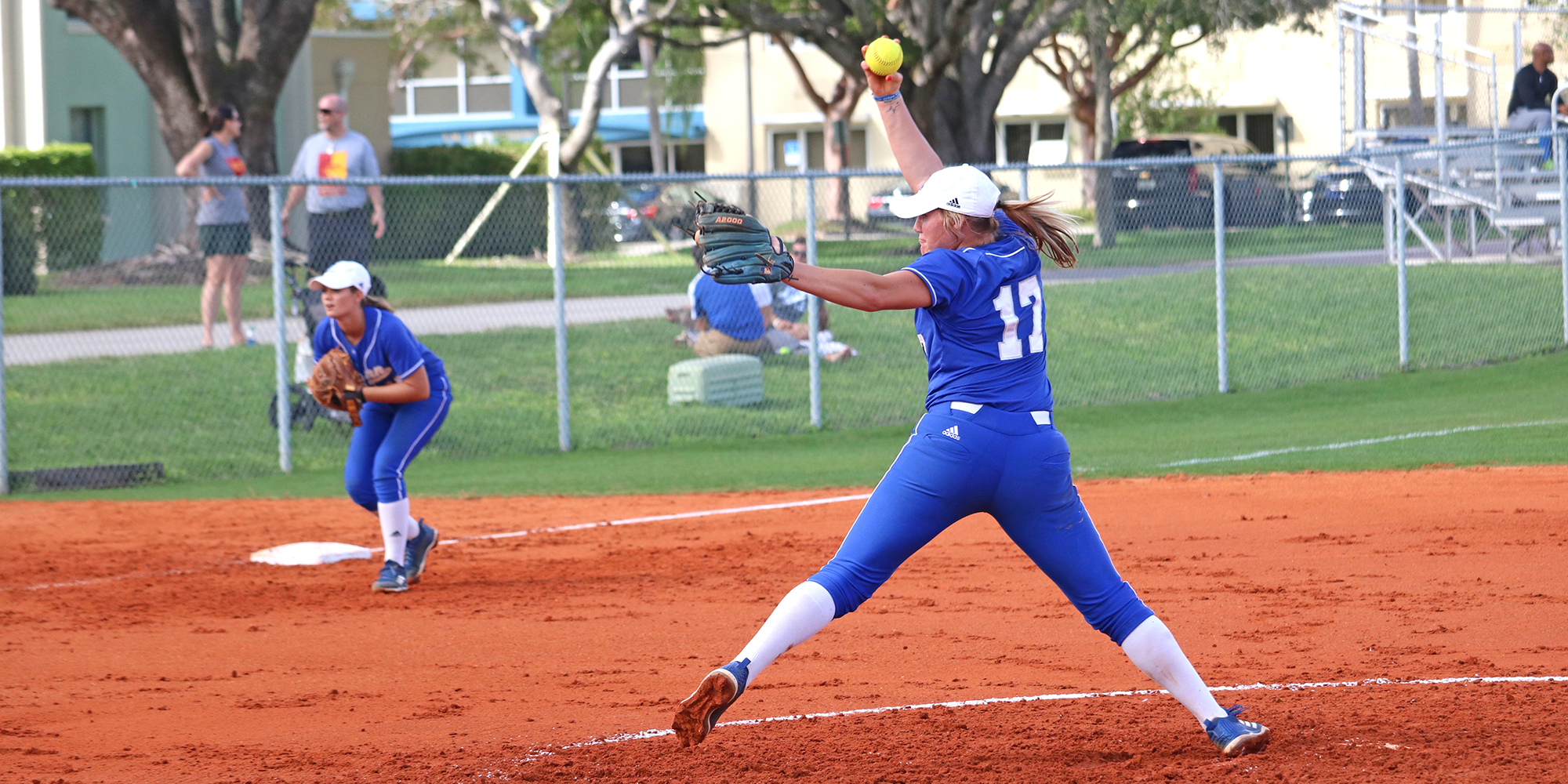 Softball Drops Series to Florida Southern