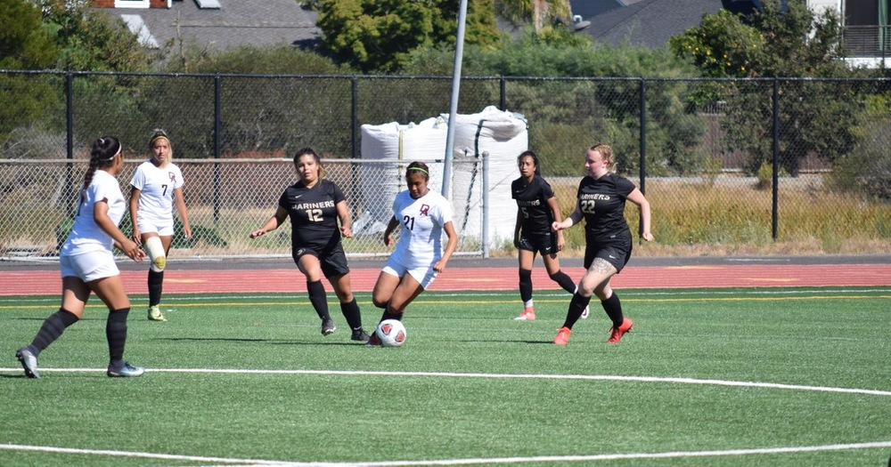 Mariners' Women's Soccer Lets Game Get Away At Skyline