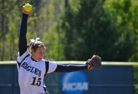 UMW Softball Splits Pair at Methodist University