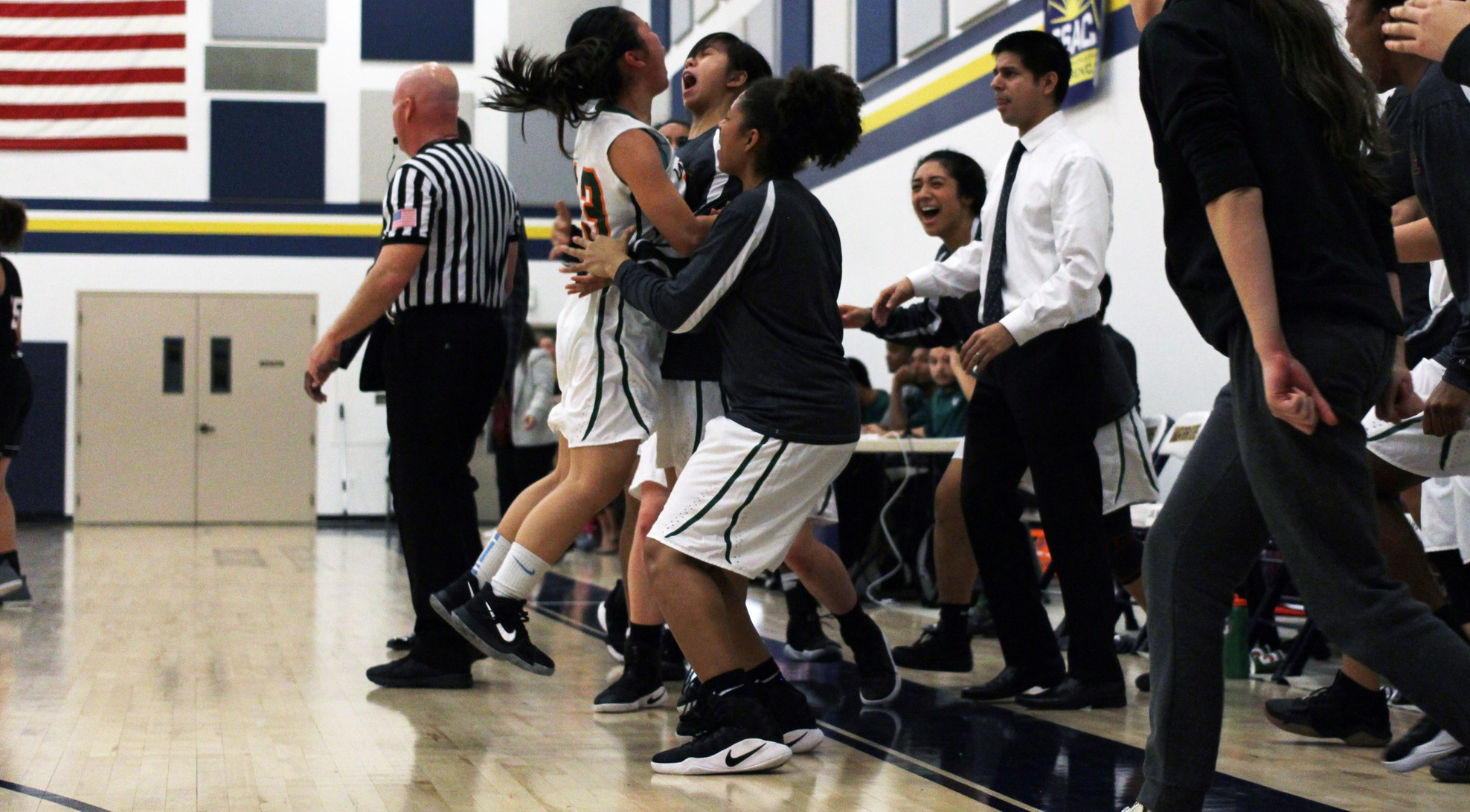 Leopards rally to beat Oxy in Overtime