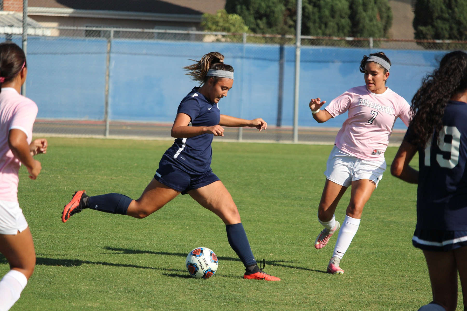 Women's Soccer Ties District Rival Fullerton, 2-2