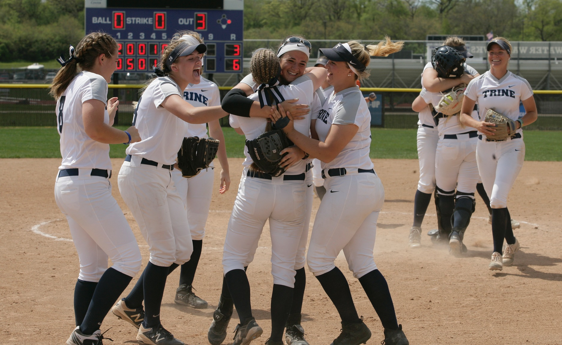 Super Regional Preview: Thunder Seeking Second National Championship Bid