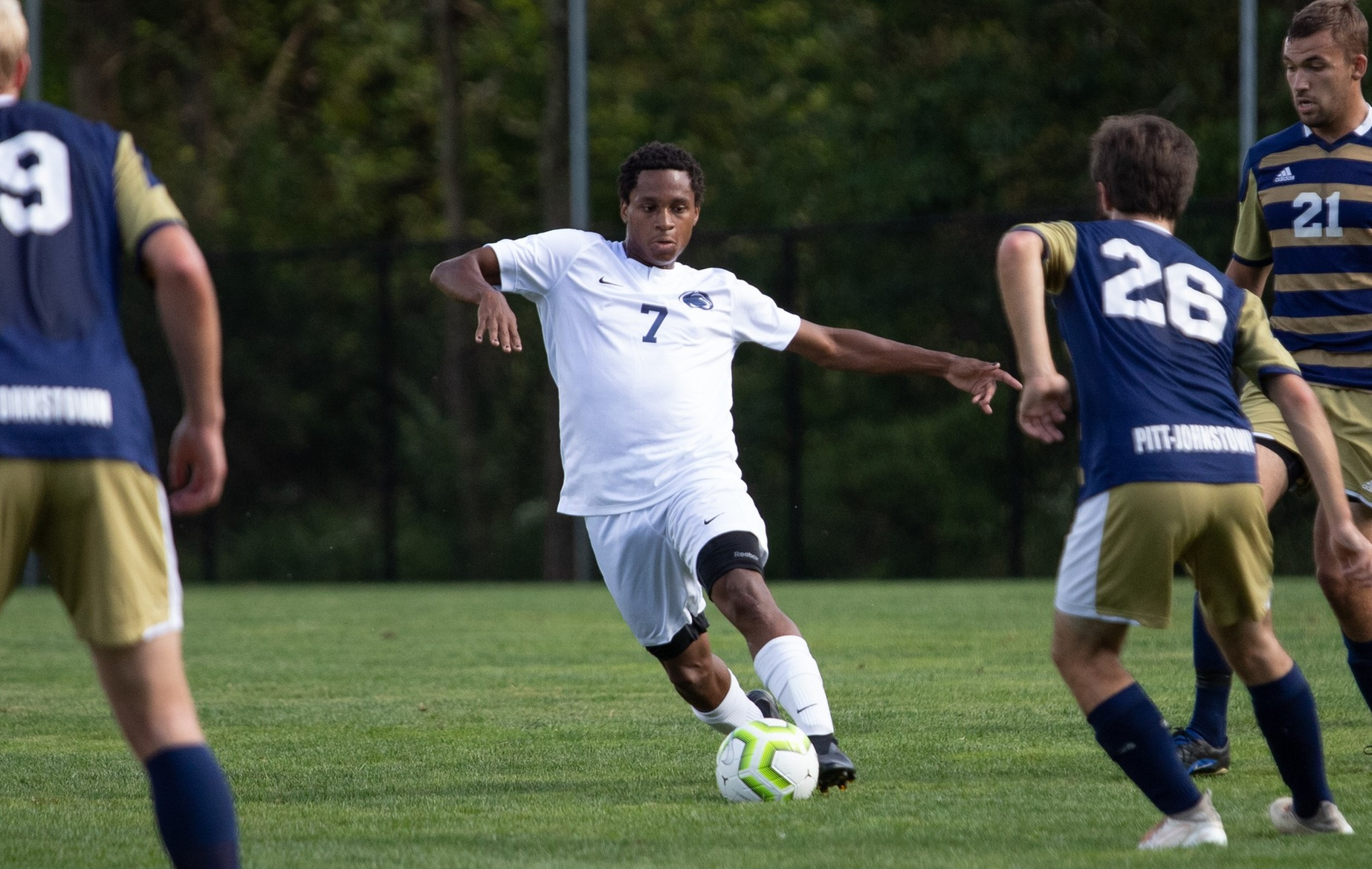 Men's Soccer Ends Season in PSUAC Semifinal