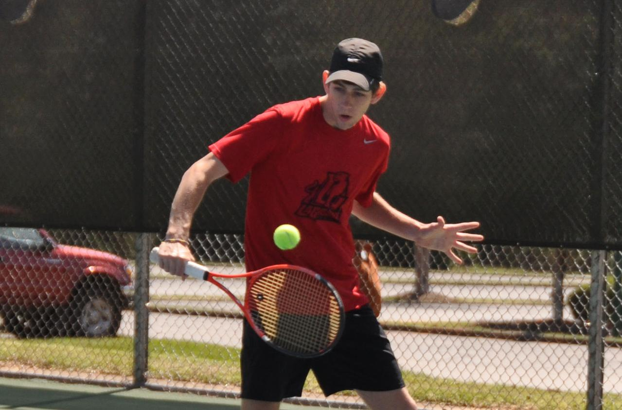 Men's Tennis: Panthers remain perfect in USA South after 9-0 sweep of visiting Greensboro