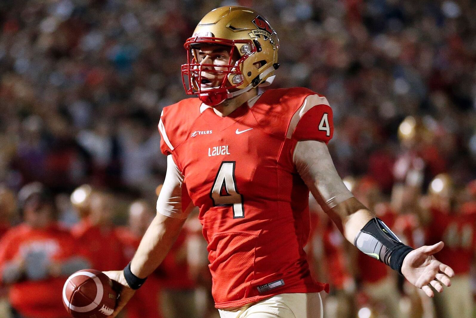 Football Top 10 (#2): Reigning Vanier Cup champs remain unanimous No. 1 pick