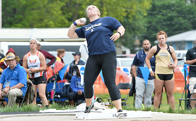 Eck Places 11th in Shot Put at National Championships
