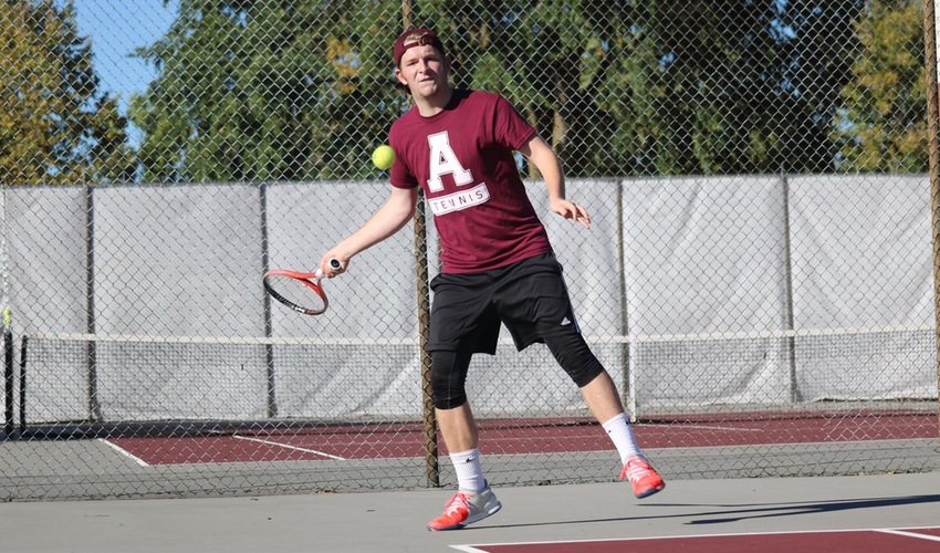 Men's Tennis Drops Tight Match to St. Francis