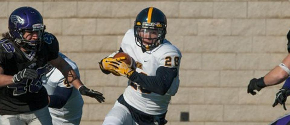 Football Season Ends with Second-Round Playoff Loss at UW-Whitewater