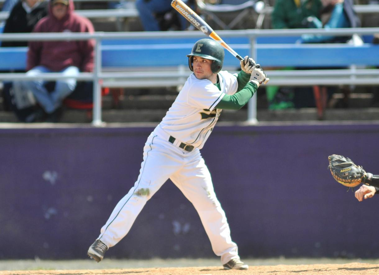 Baseball Downs Southern Vermont College, 7-6 in 10 Innings to Secure Series Sweep