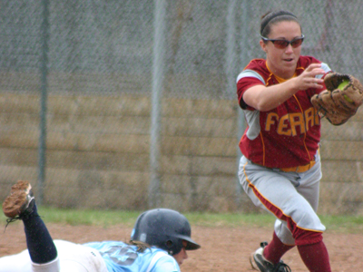 Senior second baseman Amanda Harrington and Ferris State suffer 5-0 loss to Northwood in a Saturday's lone  tilt.  (Photo by Sandy Gholston)