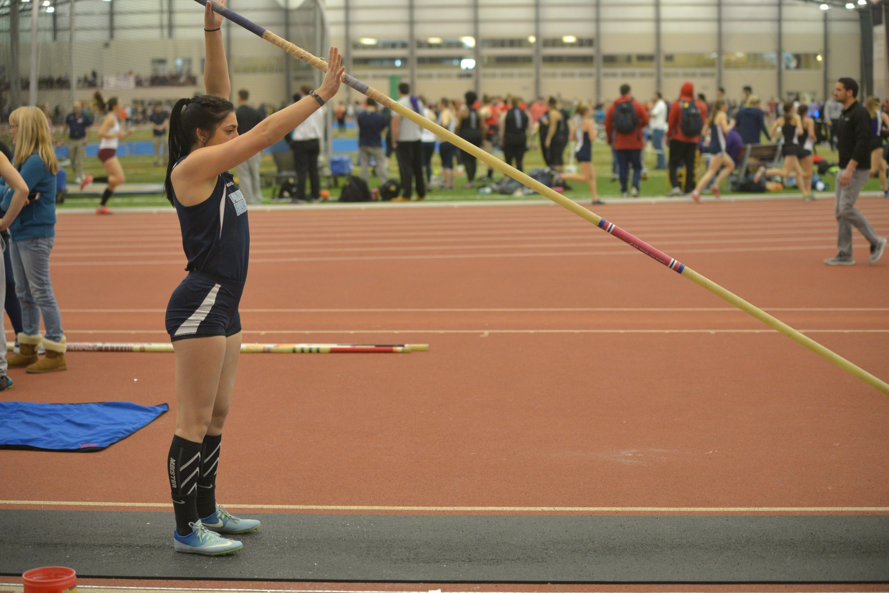 Women's Track and Field Finishes Fifth in Kenyon College Classic