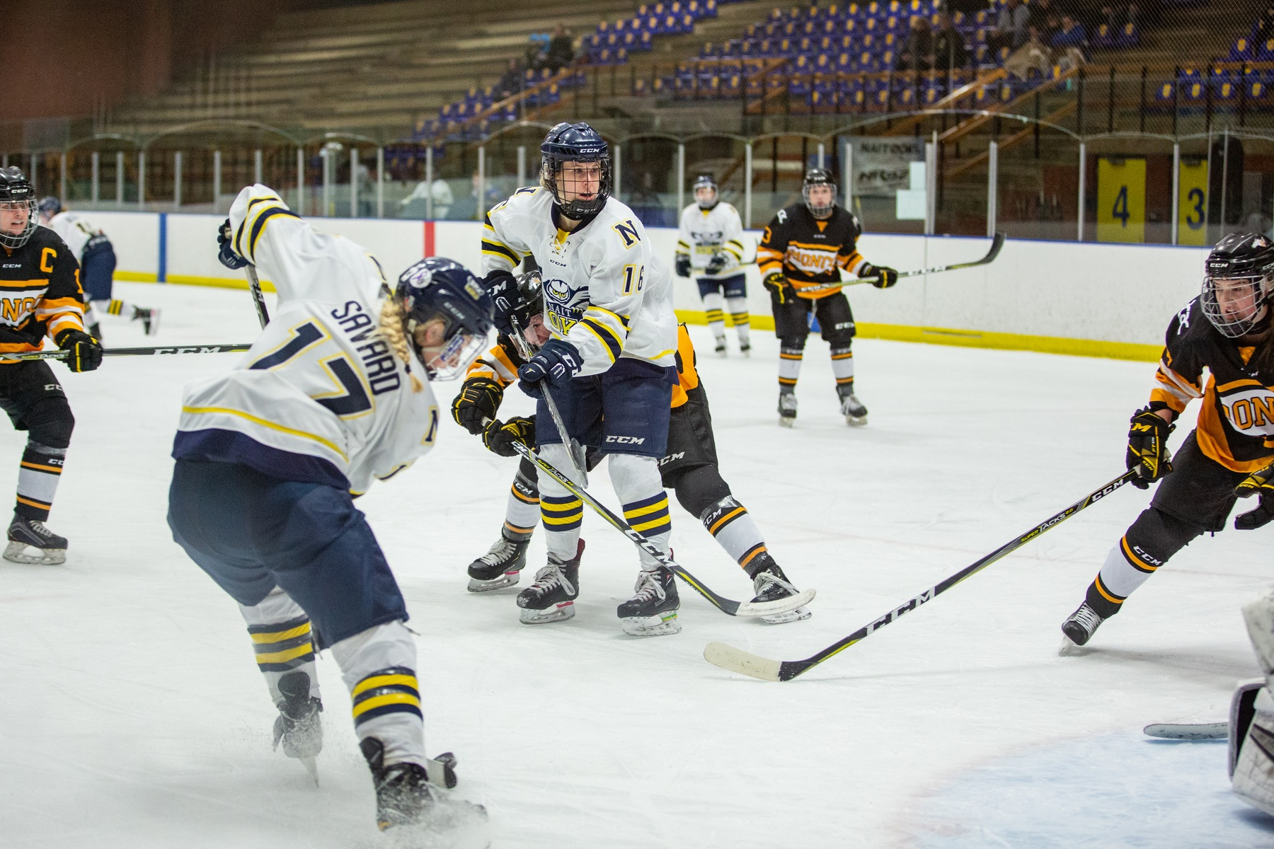 Ooks Sweep Broncos, Advance To Final