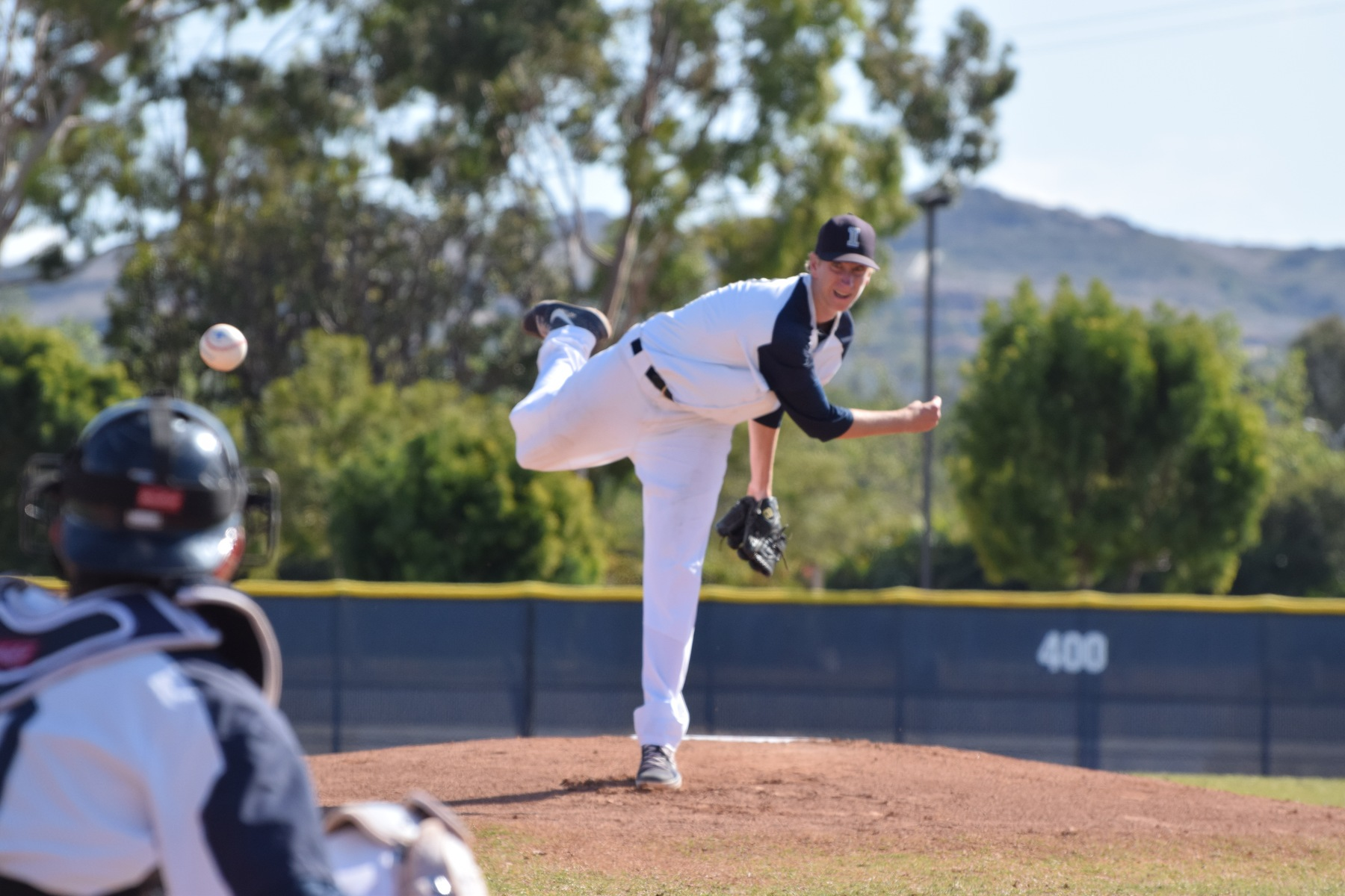 Baseball team loses in pitching duel at Fullerton