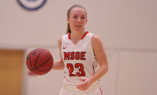 Women's Basketball Holds Off Dominican on the Road