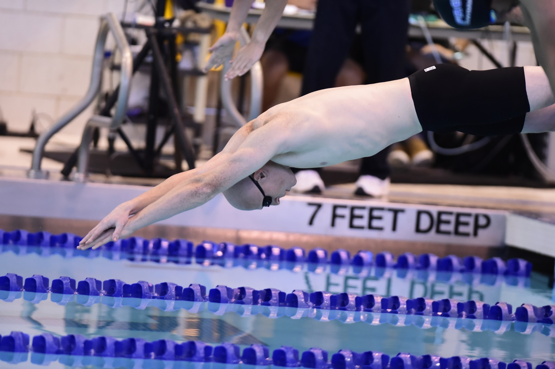 Final Relay Win Helps Men's Swimming & Diving Defeat St. Vincent
